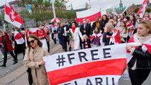 Protest al femeilor împotriva lui Lukaşenko înaintea unui ultimatum