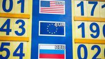 Curs valutar 27 august 2021: Cât valorează un euro și un dolar