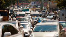 Străzile aglomerate din Chișinău unde se circulă greu în dimineața zilei