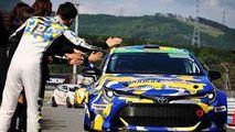 O Toyota Corolla alimentată cu hidrogen a concurat timp de 24 de ore