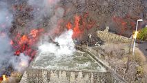 Sute de case, înghițite de lavă în arhipelagul Canare: Este o catastrofă