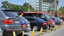 Sondaj: Peste 60% din respondenți susțin crearea parcărilor cu plată