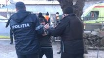 Comrat: Bărbat, reținut după ce a amenințat carabinierii cu ciocanul