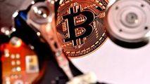 Avertizare pentru cei care au bitcoini: Vă puteţi pierde toţi banii