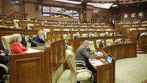 Instituirea stării de urgență a stârnit critici din partea opoziției