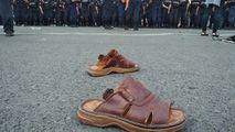 Maia Sandu roagă Poliția să-i întoarcă drapelele, fotoliul și papucii