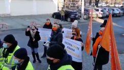 Protest la CC: Se examinează legea privind funcționarea limbilor vorbite