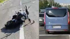 În goana după Ceaus: Cum un motociclist a fost lovit la semafor