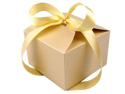 Gift box with ribbon / gold