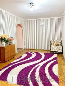 Apartament cu 3 camere, sect. Centru, bd. Iuri Gagarin.