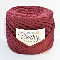 Berry, premium yarn / Sour Cherry