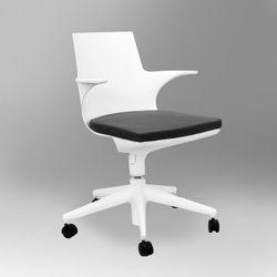 Пластиковый стул с мягким сиденьем, 520x480.5x450x820 мм, белый с серыйм сиденьем