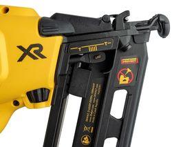 Pistol pneumatic pentru batut cuie DeWalt   DCN660N
