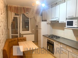 Apartament cu 2 camere, sect. Buiucani, bd. Alba Iulia.