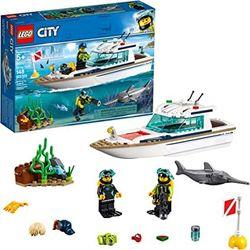 """LEGO City  """"Iacht de scufundare"""", art. 60221"""