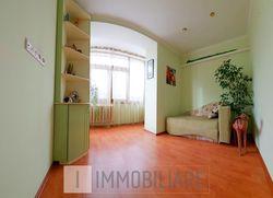 Apartament cu 3 camere+living, sect. Botanica, bd. Decebal.