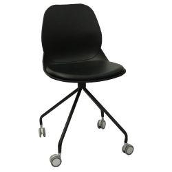 Пластиковый стул, металлические ножки с колесами 495x540x825 мм, черный