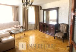 Apartament cu 5 camere, sect. Rîșcani, bd. Moscova.