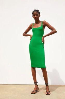 Платье ZARA Зеленый 5644/380/500