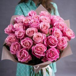 Букет из 25 тёмно розовых роз