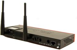 Router wireless MikroTik RB2011UiAS-IN