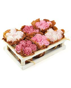 Mini bouquets of rose flowers