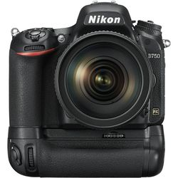 купить Фотоаппарат зеркальный Nikon D750 + MB-D16 Battery Pack в Кишинёве