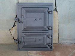 Дверца чугунная глухая правая DPK2