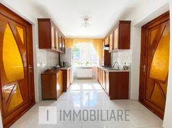 Apartament cu 3 camere+living, sect. Botanica, str. Băcioii Noi.