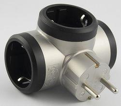 купить Адаптер электрический Legrand 500664 Priza 3x2P+T lateral aluminiu-negru,LR в Кишинёве