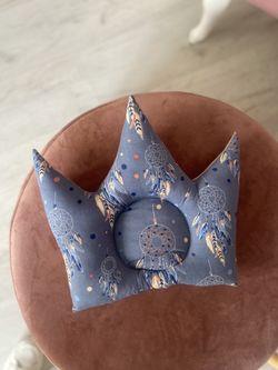 Pernuta corona albastru