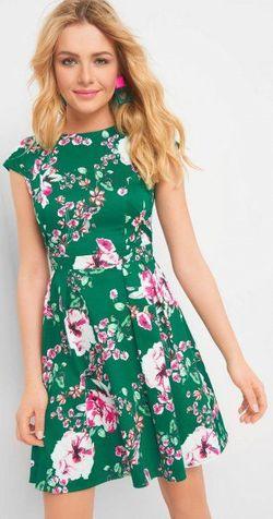 Платье ORSAY Зеленый 471367