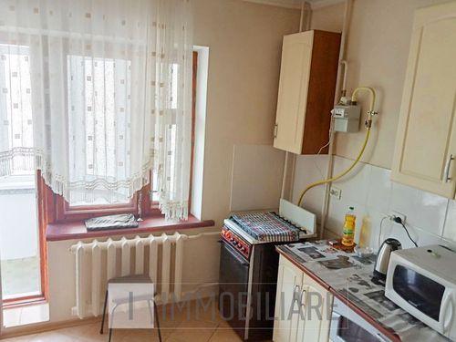 Apartament cu 3 camere, sect. Centru, str. Anatol Corobceanu.