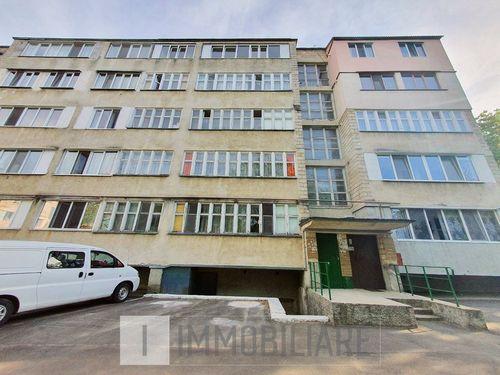 Apartament cu 2 camere, sect. Buiucani, str. Călărași.