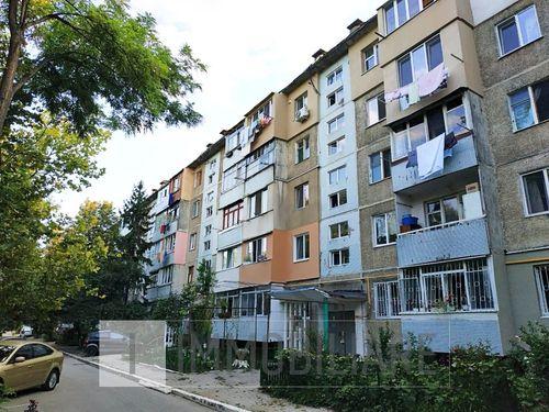 Apartament cu 1 cameră, sect. Botanica, str. Independenței.