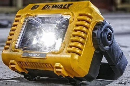cumpără Iluminare DeWalt DCL077 în Chișinău