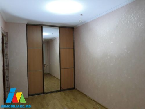 Apartament 2 camere, sect. Rîșcani, sect. Miron Costin.