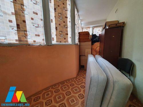 Apartament cu 2 camera ,Sectorul Botanica, bd. Dacia.