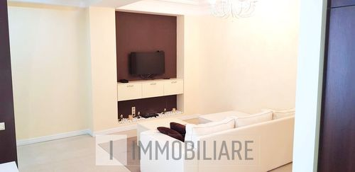 Apartament cu 2 camere+living, sect. Botanica, bd. Decebal.