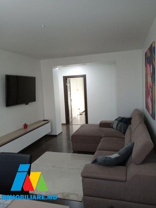 Apartament cu 3 camere+living, Rîșcani, bd. Moscovei.