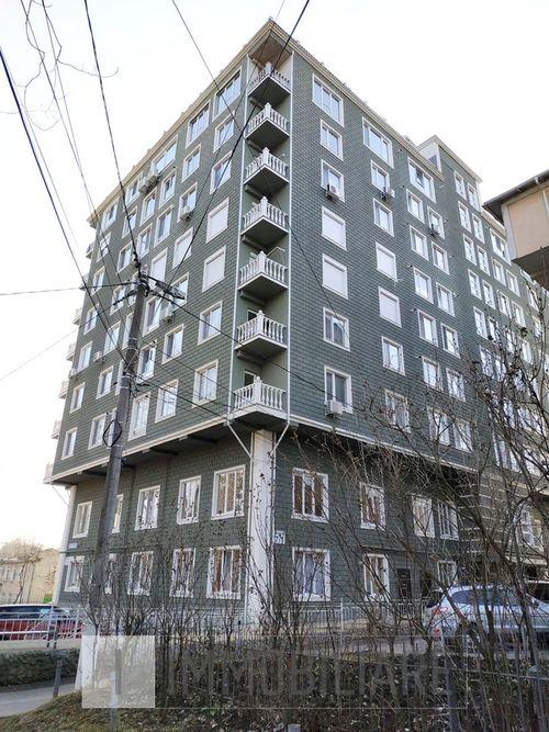 Apartament cu 1 cameră+living, sect. Rîșcani, str. Braniștii.