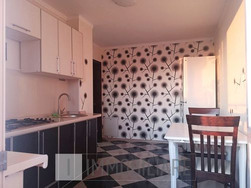 Apartament cu 2 camere, sect. Botanica, str. Valea Trandafirilor.