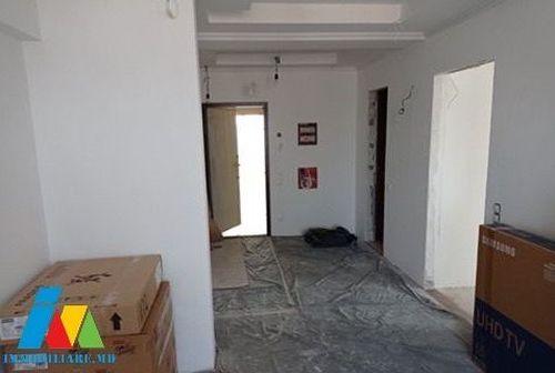 Apartament cu 3 camere, sect. Posta Veche, str. Calea Orheiului.