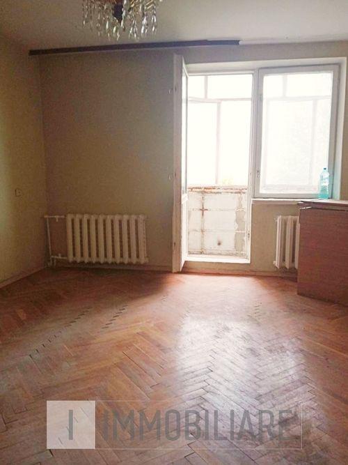 Apartament cu 2 camere, sect. Telecentru, str. Gh. Asachi.
