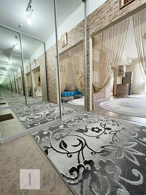 Apartament cu 1 cameră+living, sect. Botanica, bd. Decebal.
