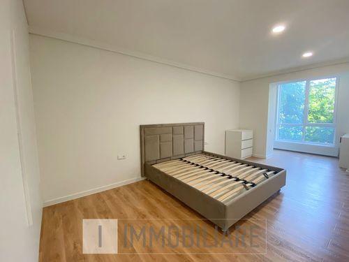 Apartament cu 2 camere, sect. Botanica, str. Melestiu.