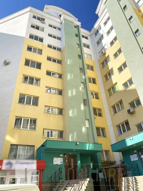 Apartament cu 2 camere, sect. Ciocana, bd. Mircea cel Bătrân.