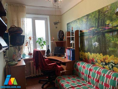 Apartament cu 2 camere, sect.Botanica, str.Nicolae Titulescu.