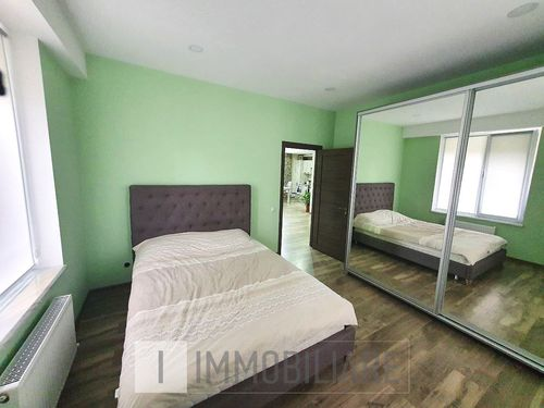 Apartament cu 2 camere+living, sect. Durlești, str. Stejarului.