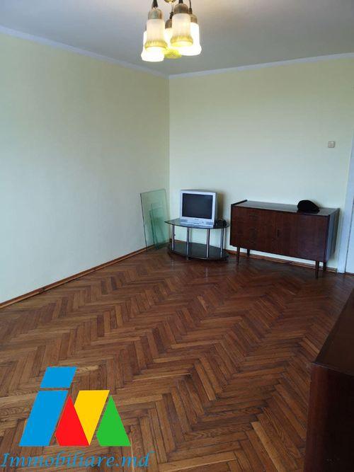 Apartament cu 2 camere, sect.Botanica, bd. Dacia.
